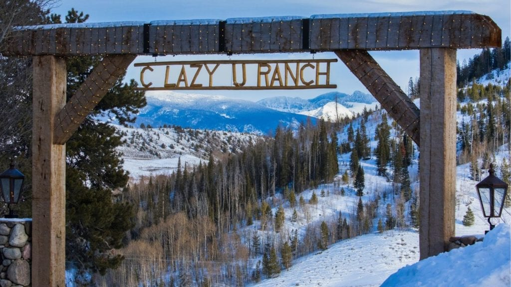 C Lazy U Ranch entrance in the snow: Dude ranches in the U.S.