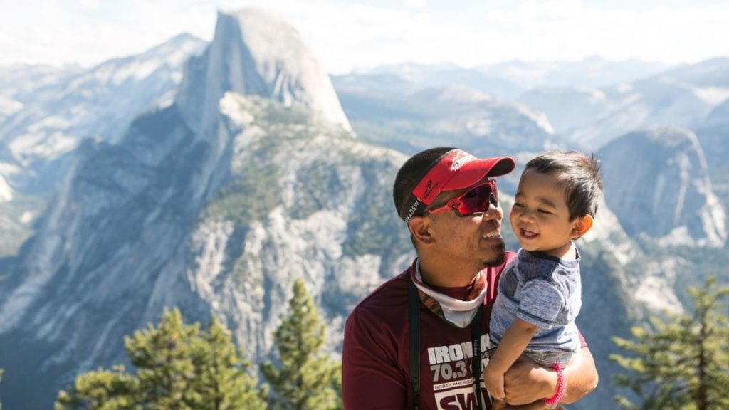 Father and son at Yosemite National Park (Photo: @5byseven via Twenty20)
