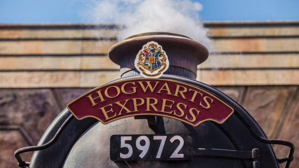 The Hogwarts Express connects Diagon Alley and Hogsmeade at the Wizarding World of Harry Potter in Orlando (Photo: Shutterstock)