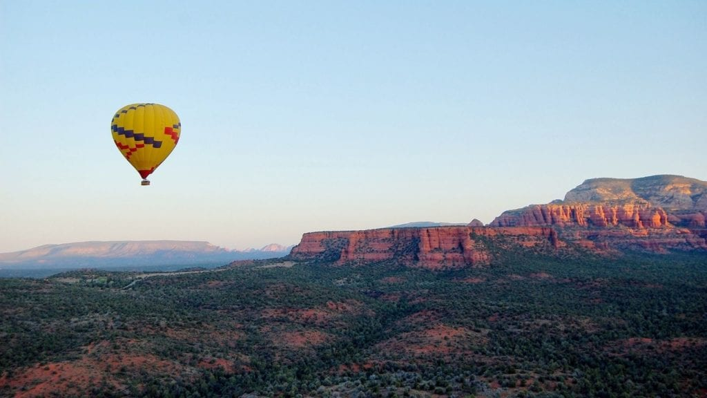 Hot air ballooning in Sedona (Photo: @jpphotogrrl via Twenty20)