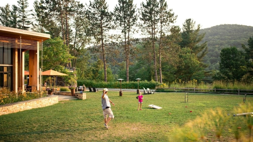 Children playing at family-friendly Topnotch Resort in Stowe, Vermont (Photo: Topnotch Resort)