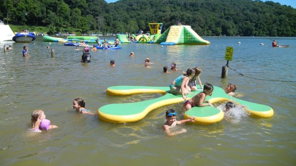 Kids playing in the water at Austin Lake RV Parks and Cabins (Photo: Austin Lake RV Parks and Cabins)