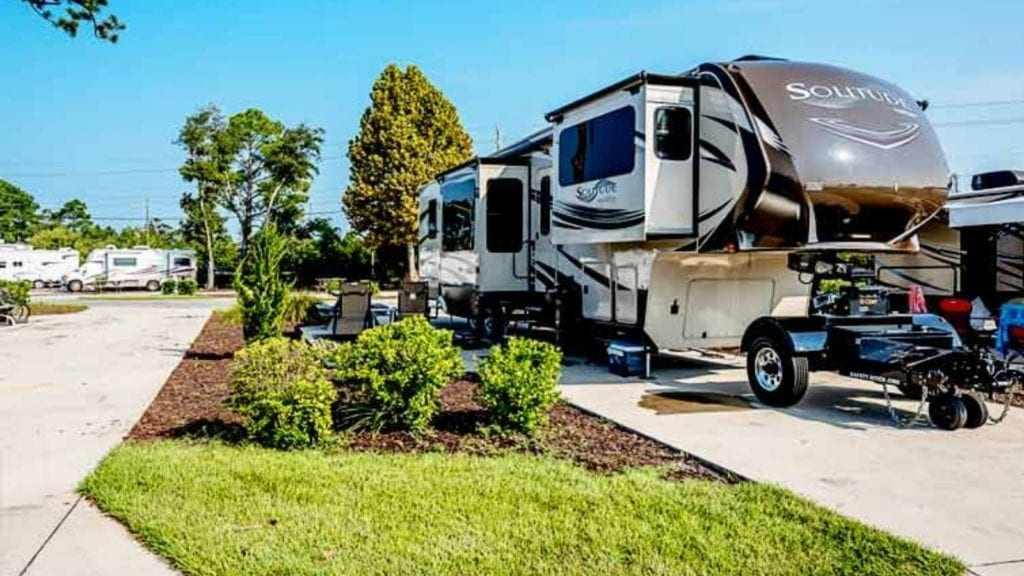 Spacious wide RV sites at Splash RV Resort and Waterpark (Photo: Splash RV Resort and Waterpark)