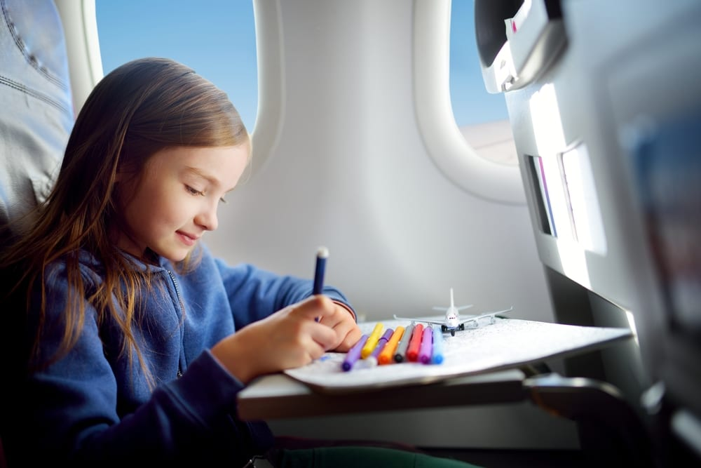 Flying with kids can be a challenge for parents (Photo: MNStudio/Shutterstock)