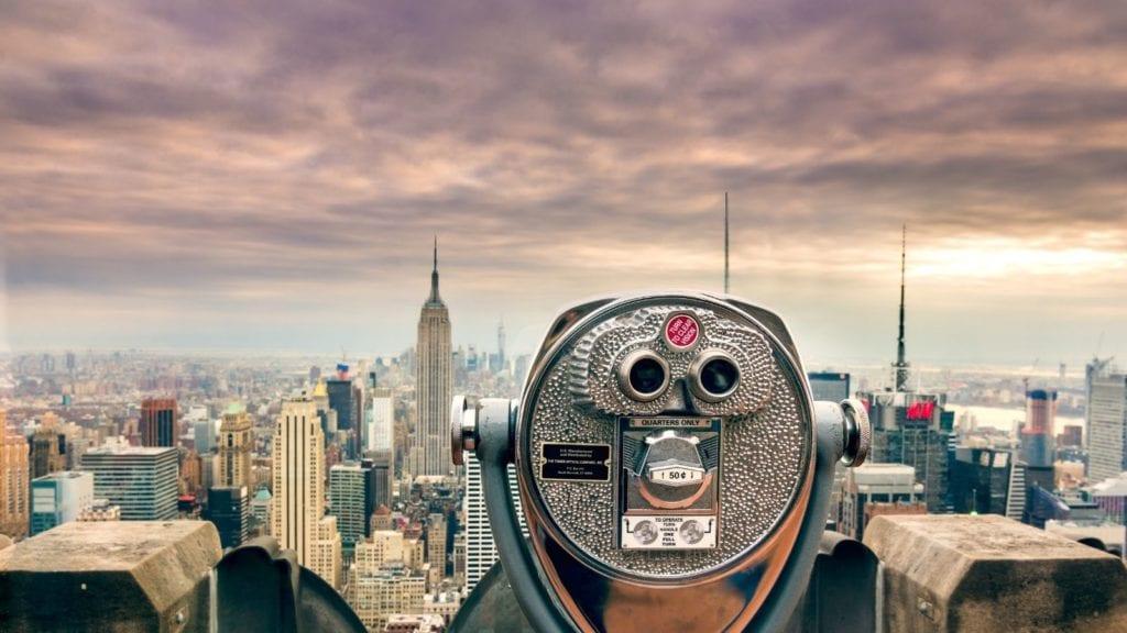 View of the Manhattan skyline and Empire State Building in New York City (Photo: @eric_urquhart via Twenty20)