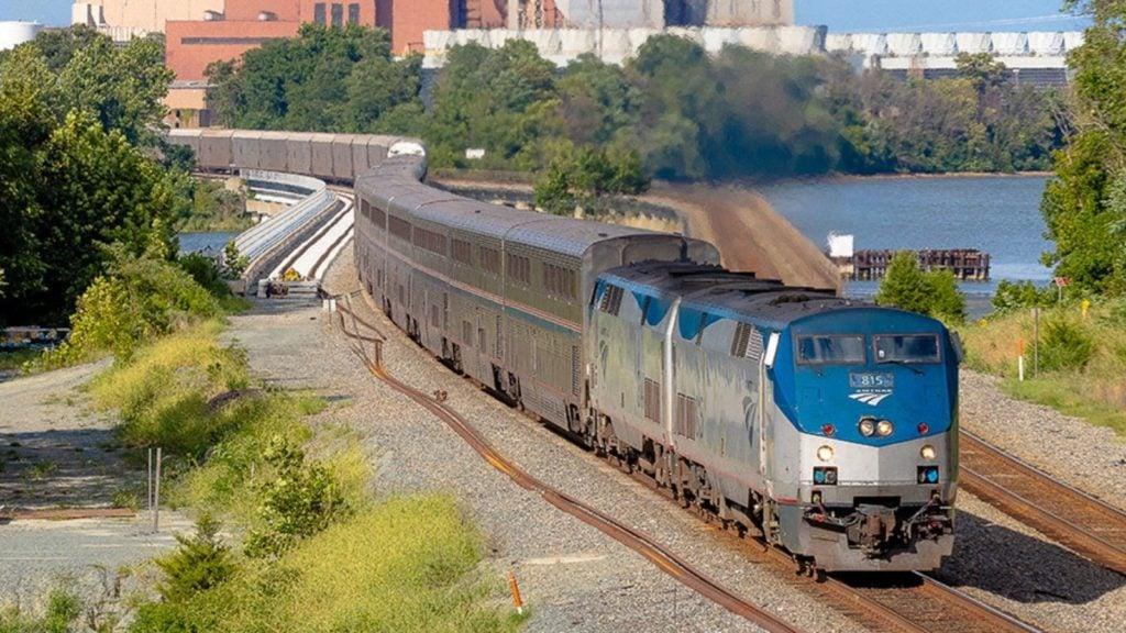 Amtrak vacations on the Auto Train (Photo: Amtrak)