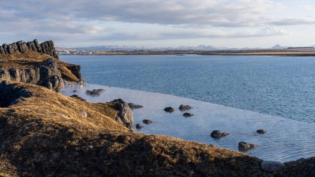 The geothermal waters of Sky Lagoon in Iceland (Photo: Elva Erlingsdottir)