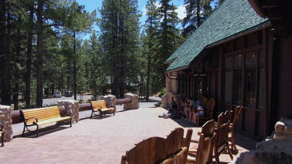Lodge at Bryce Canyon at Bryce Canyon National Park (Photo: NPS Photo:J. Cowley)