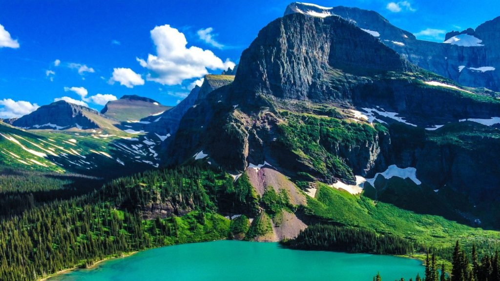 Grinnell Lake in Glacier National Park, Montana
